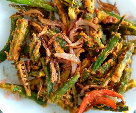 Crispy fried bhindi