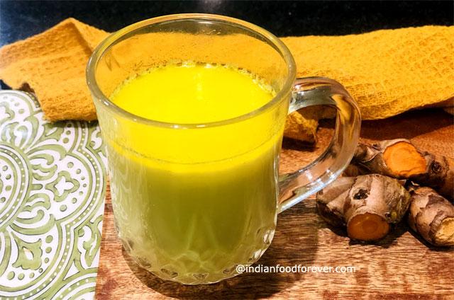 Haldi Wala Doodh Recipe