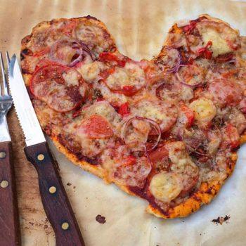 Heartshaped Pizza
